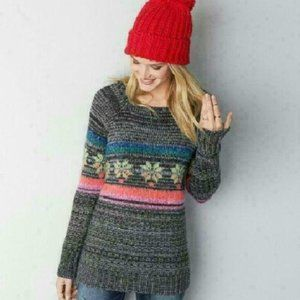 American Eagle Outfitters Sweater Snowflake